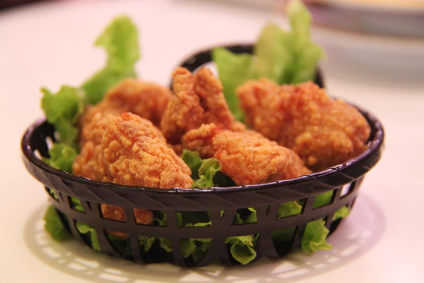 تهیه ناگت مرغ خانگی