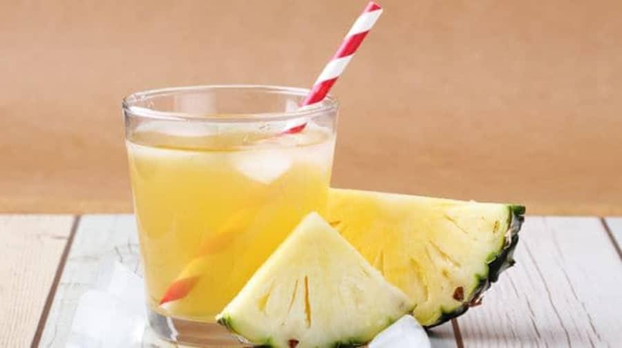 آبمیوه طبیعی آب آناناس