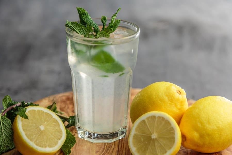 طرز تهیه لیموناد و نوشابه طبیعی لیموناد