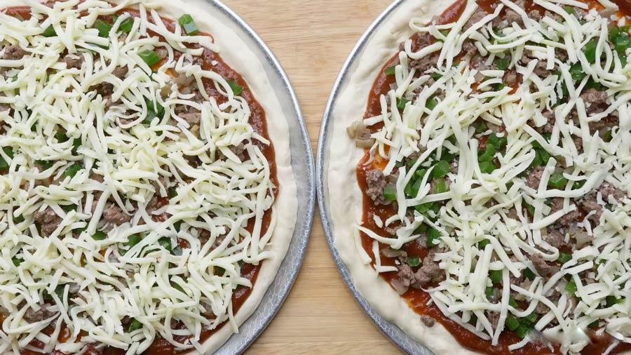 طرز تهیه پیتزا خانگی به همراه طرز تهیه نان پیتزا