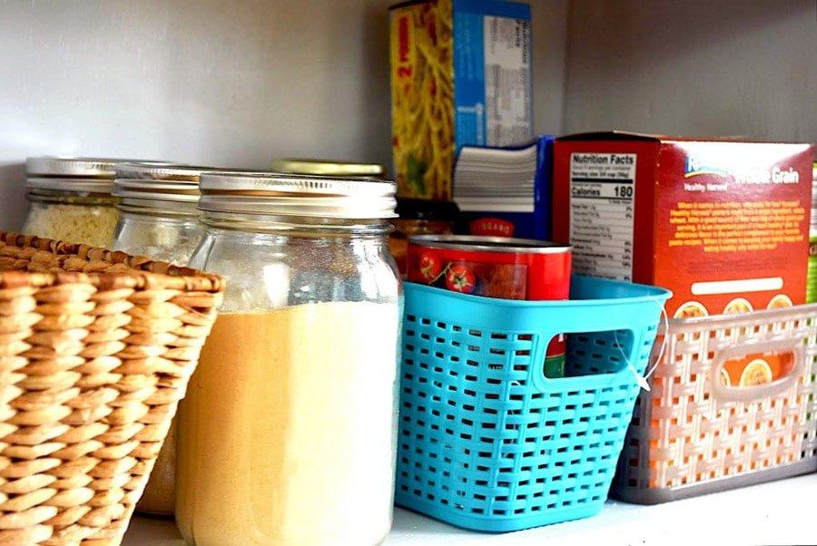 دسته بندی مواد غذایی در چیدمان آشپزخانه