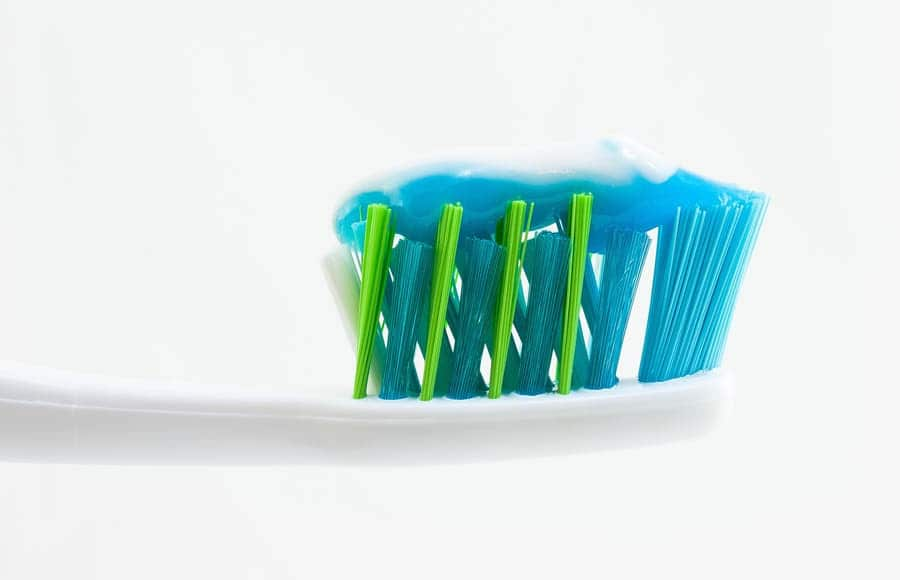 خمیر دندان و مراقبت از پوست