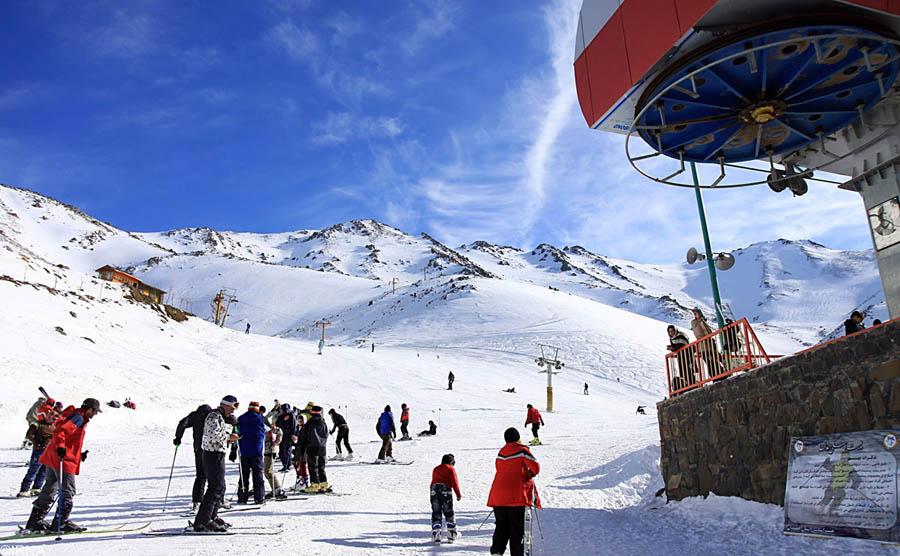 پیست اسکی تاریک دره یا الوند در ایران