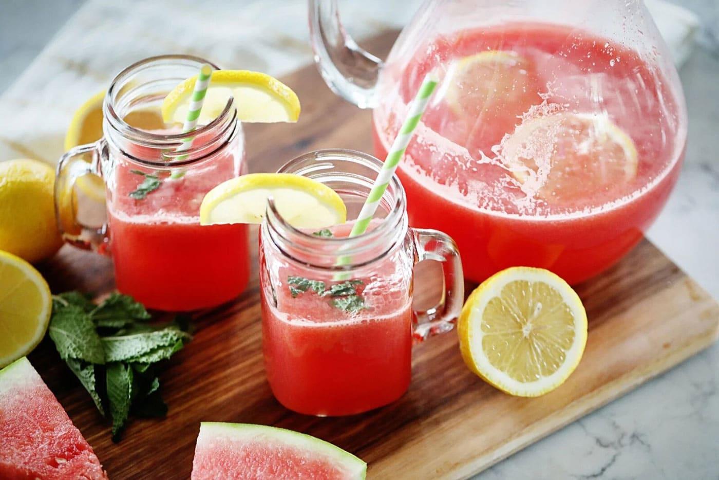 نوشیدنی هندوانه لیمو ترش