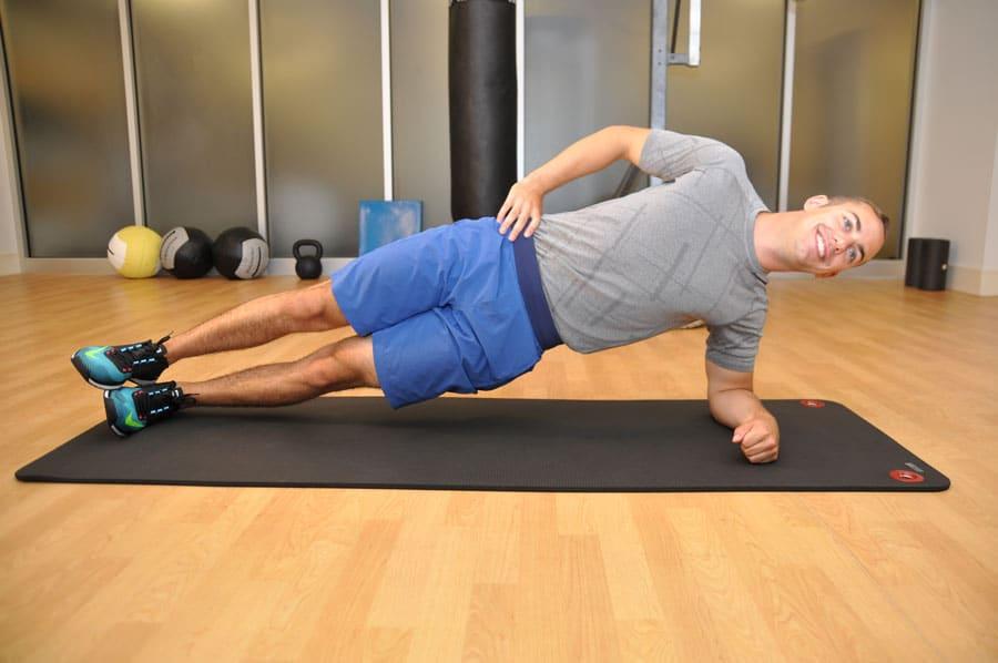 حرکت پلانک پهلو برای شکم تخت و بدون چربی