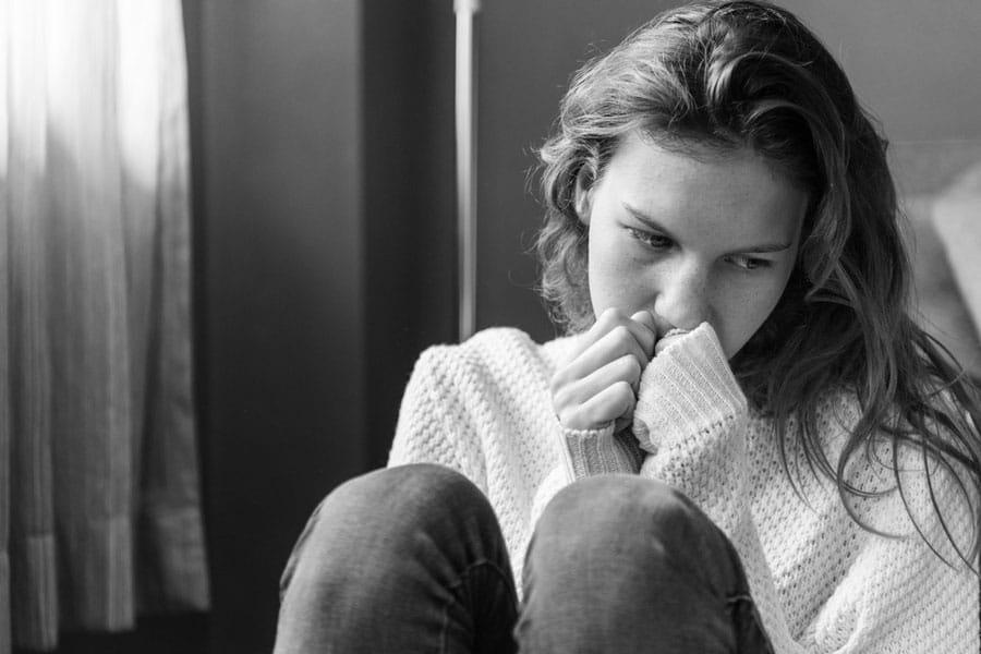 کمبود اعتماد به نفس عادت اشتباه در رابطه