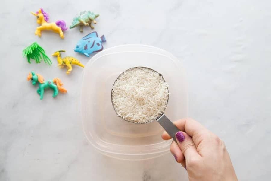 روش درست کردن برنج رنگی