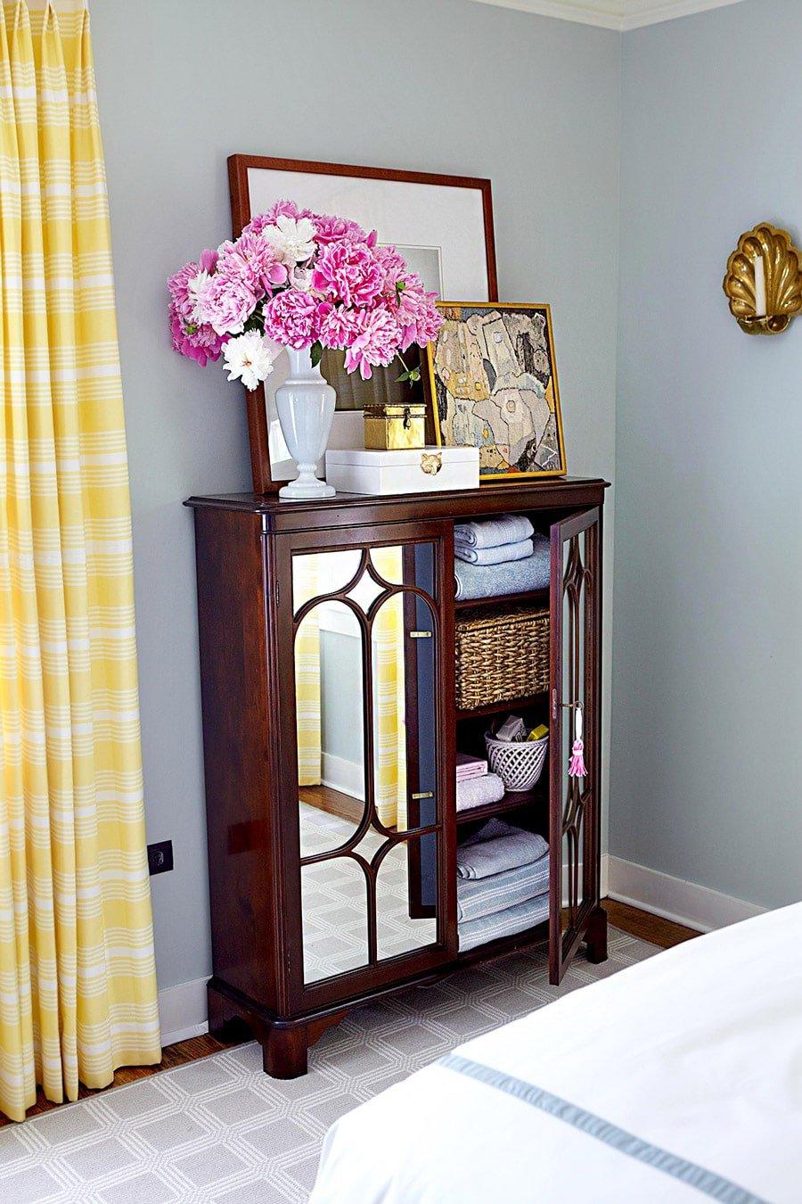 کمدهای کوچک در اتاقهای دارای فضای کم