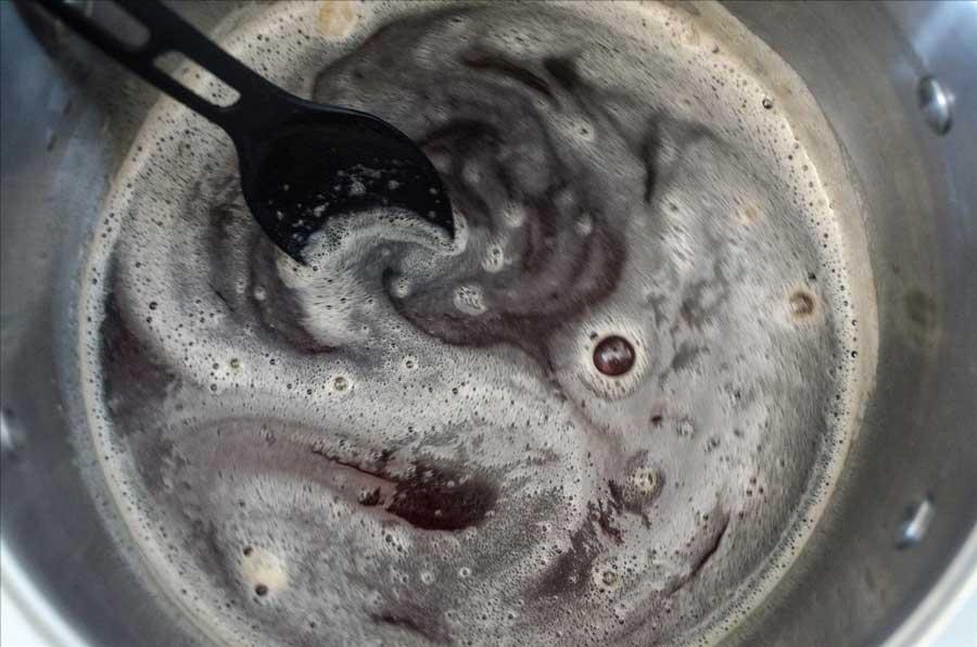 ترکیب ژله در بطری نوشابه با ژلاتین روی گاز