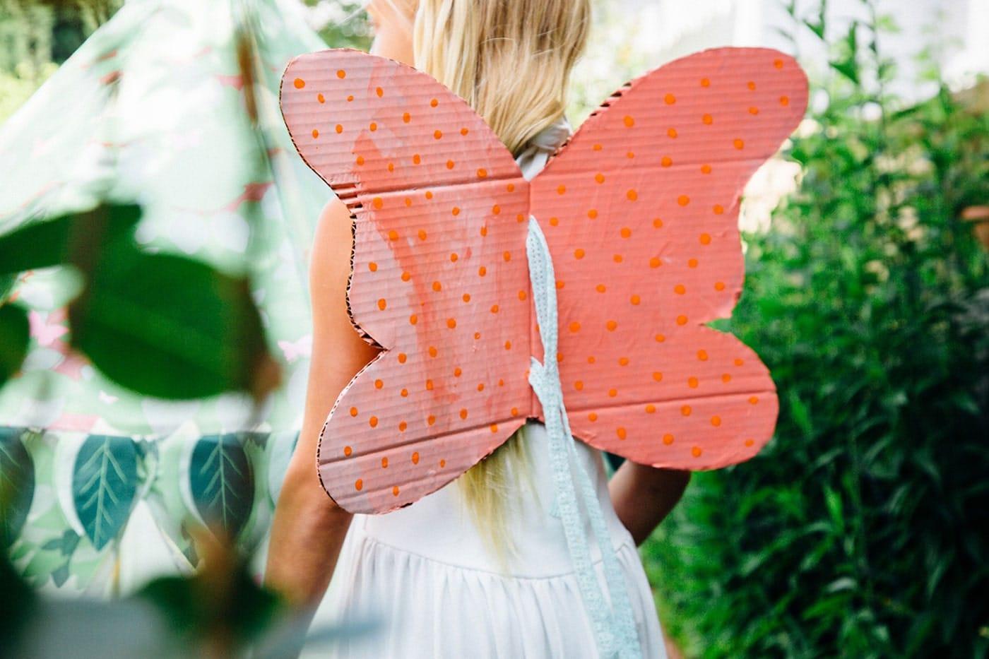 ساخت بال پروانه کودکانه