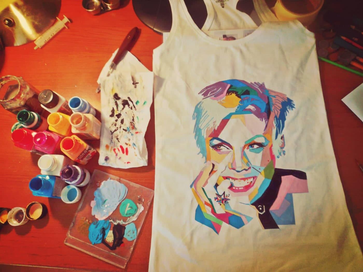 اموزش نقاشی روی تی شرت