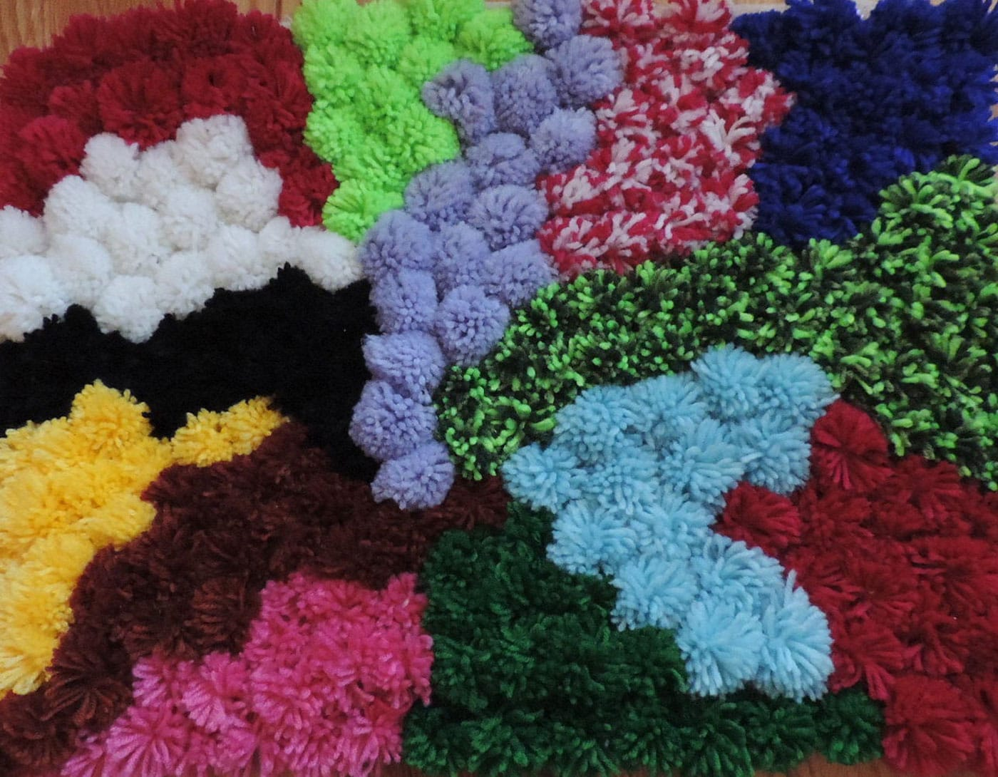 ساخت قالیچه پوم پوم