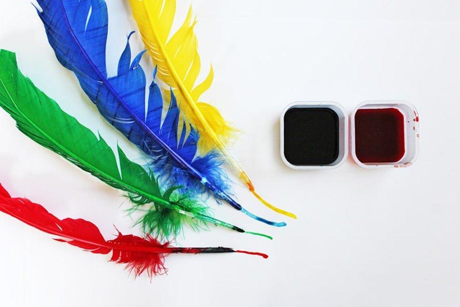 رنگ امیزی پر پرندگان