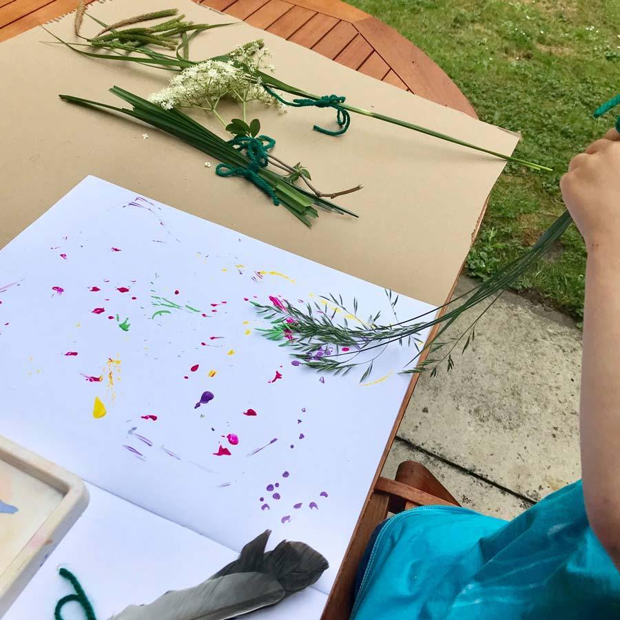 آموزش نقاشی بچه با استفاده از گیاهان