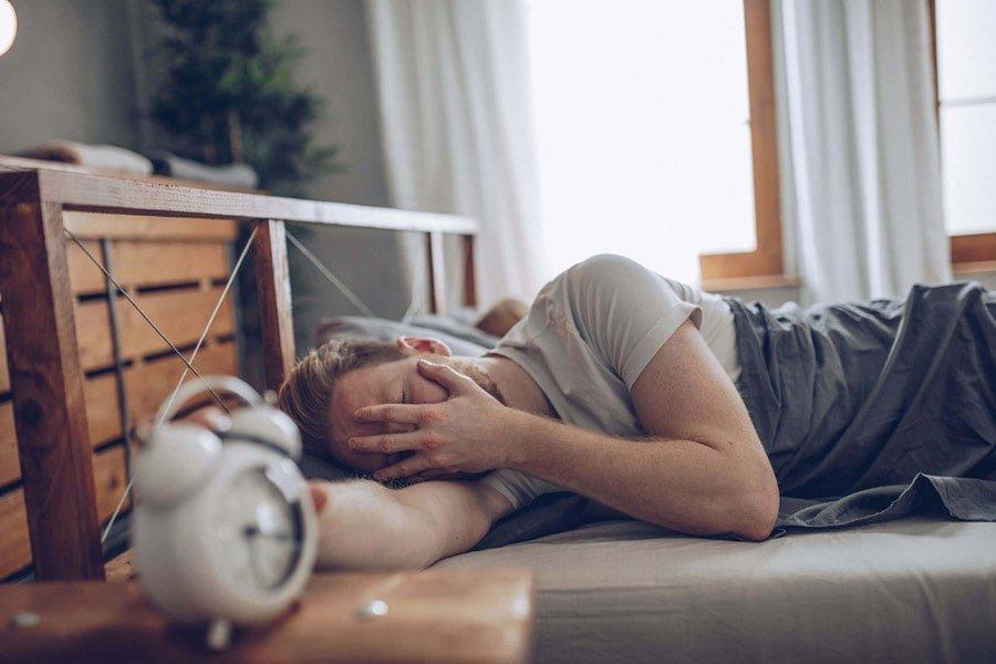 کنترل استرس و خواب در دروان COVID-19