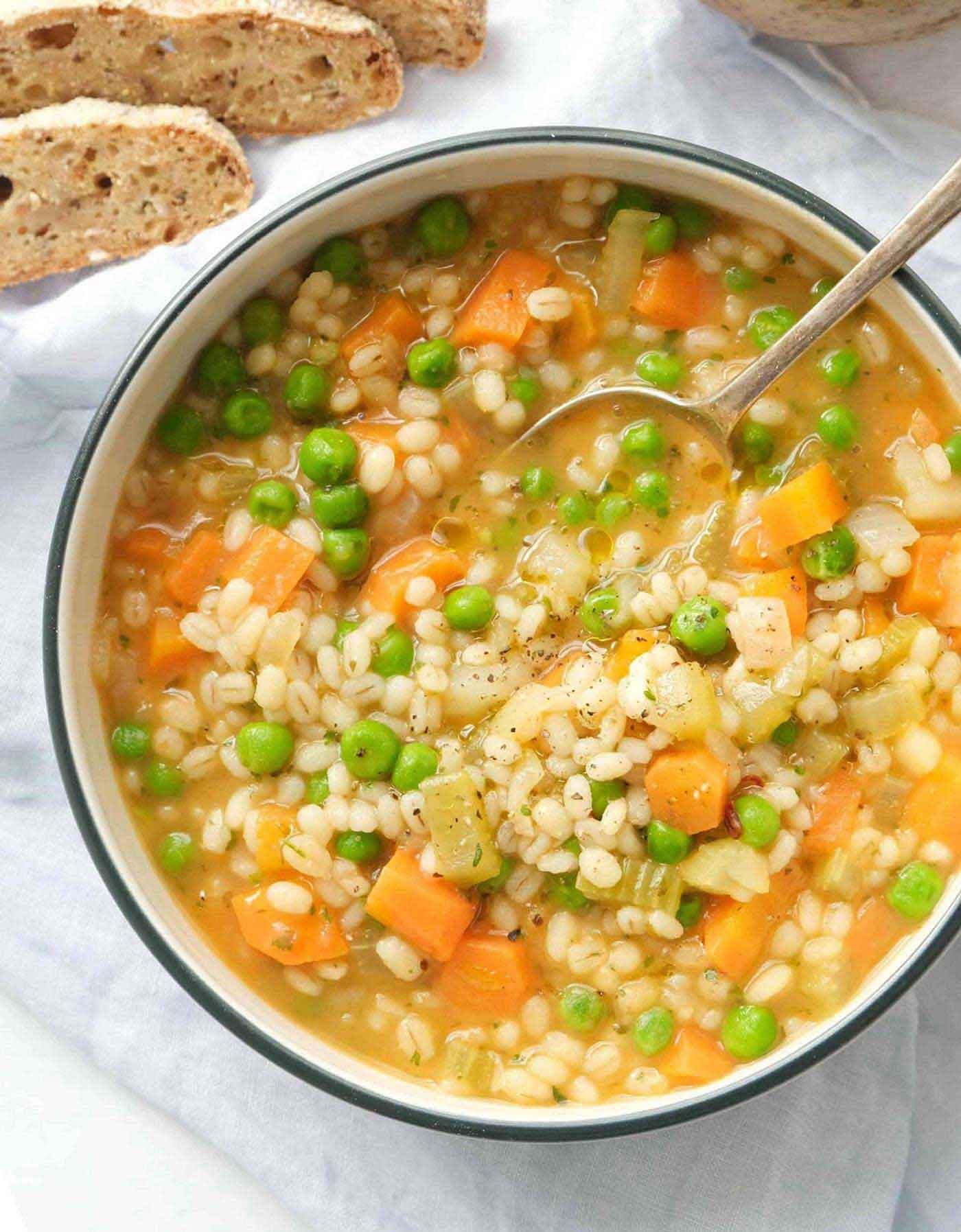 طرز تهیه سوپ جو خوشمزه و لذیذ با آموزش تصویری