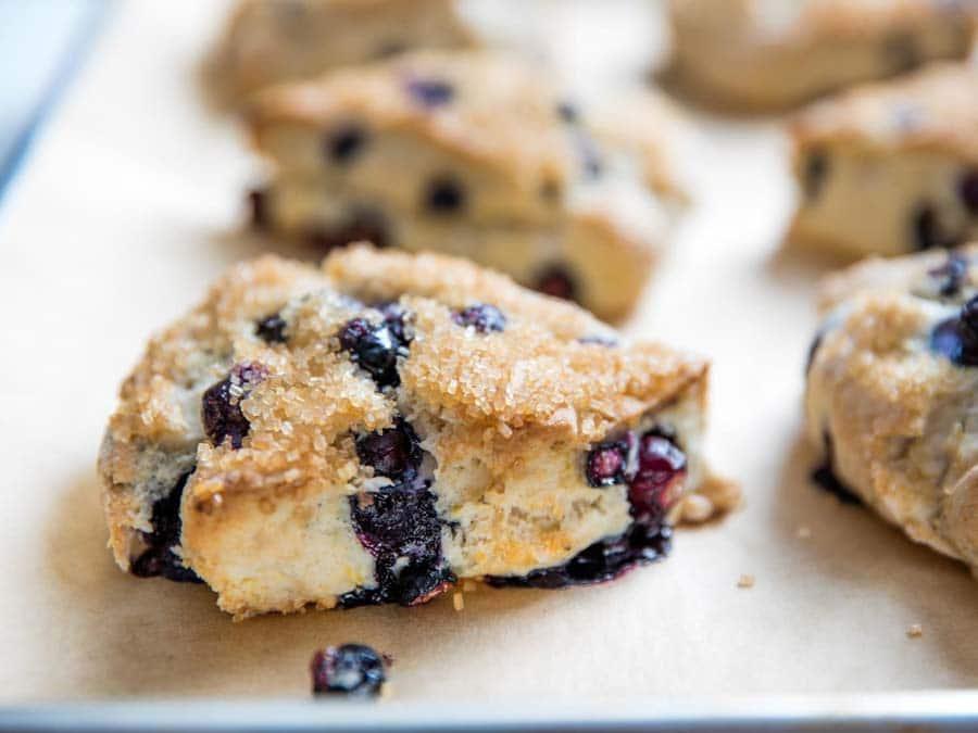 اسکون بلوبری و لیمو ، ایده جذاب برای صبحانه