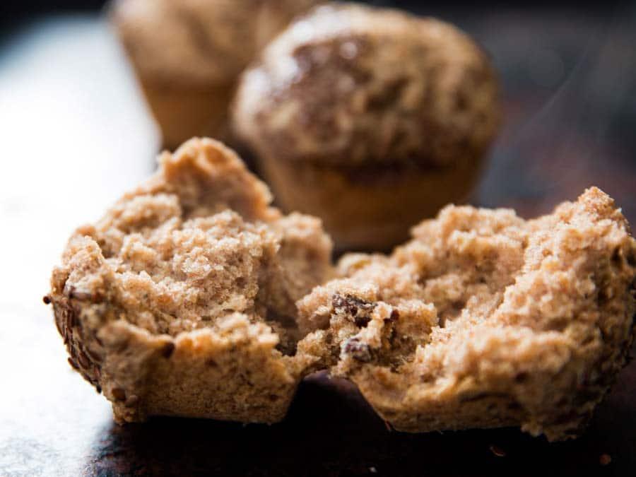 کیک کشمشی یا مافینهای گندم و کشمش ، ایده جذاب برای صبحانه