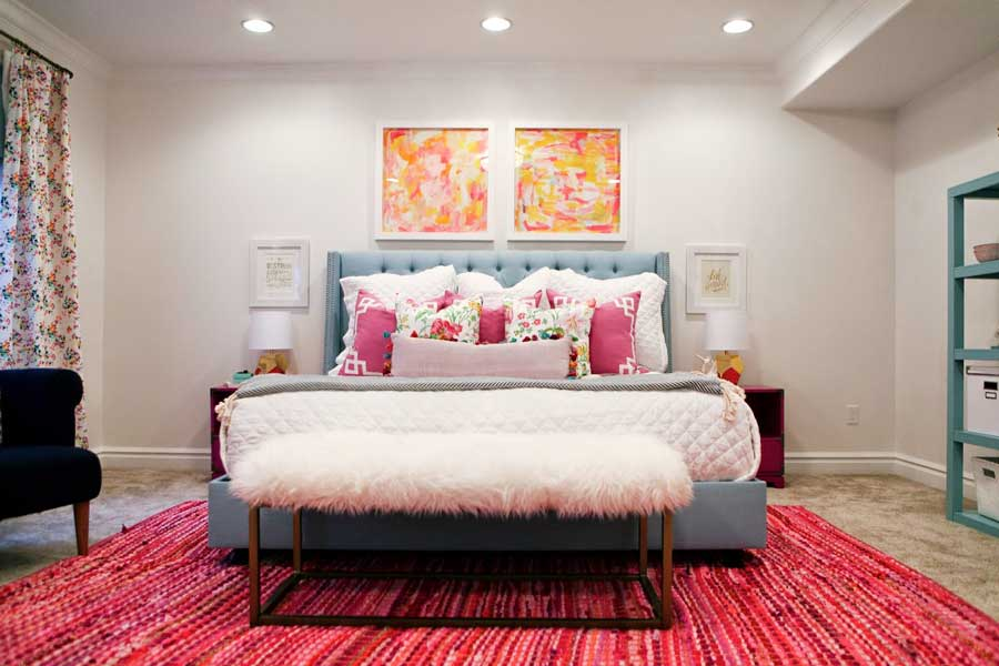 دکور دیوار بالای تخت