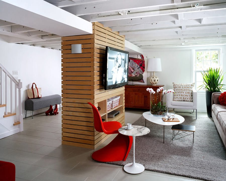 نصب تلوزیون روی دیوار یا ستون چوبی